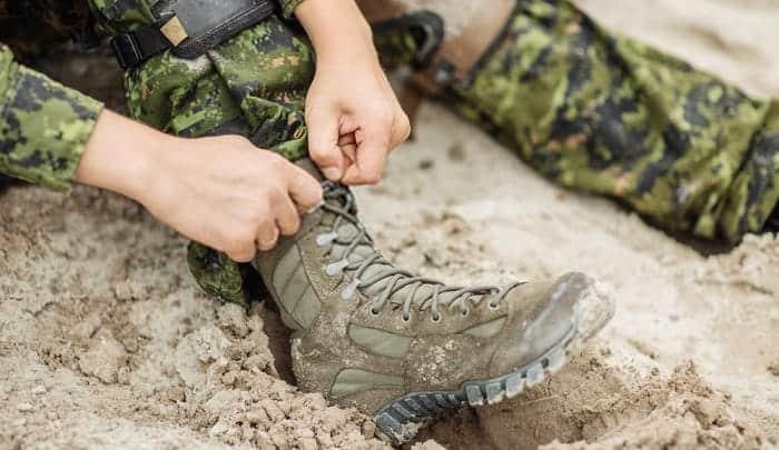 How to break in combat boots