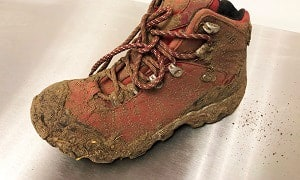 clean-desert-combat-boots