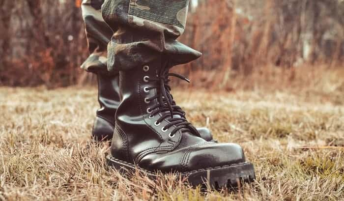 how to lace military boots